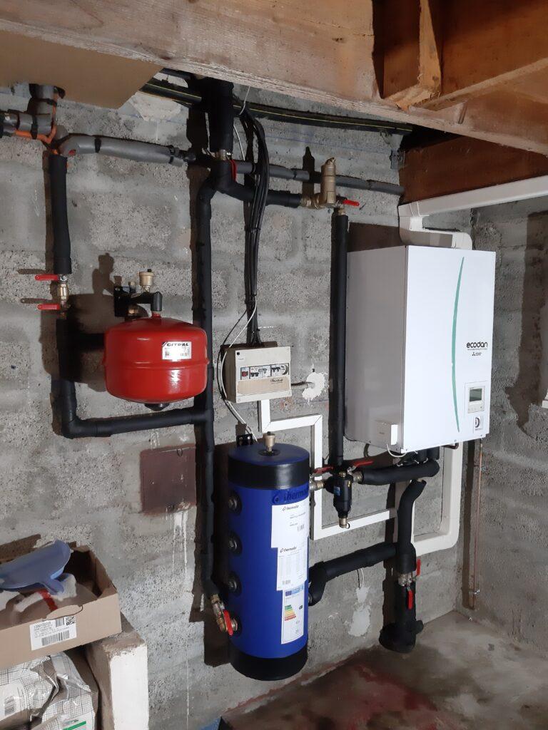 Installation intérieure d'une pompe à chaleur air-eau